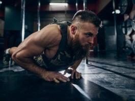 Armbøjninger med vægtvest